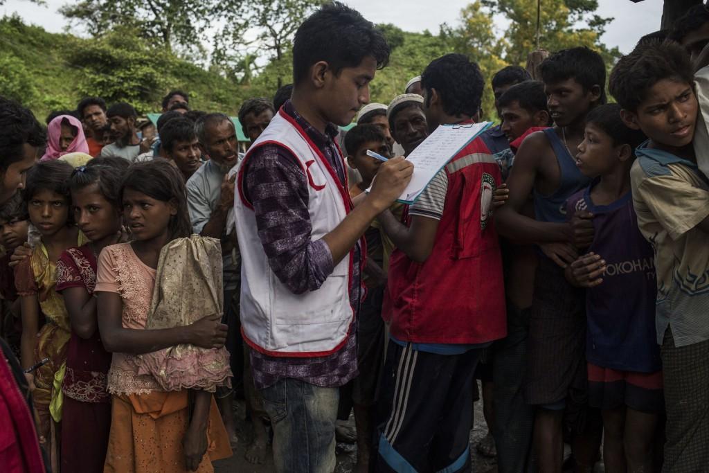 Intrepid Travel_Nothilfe für Myanmar_KPRN_Menschen_Kinder