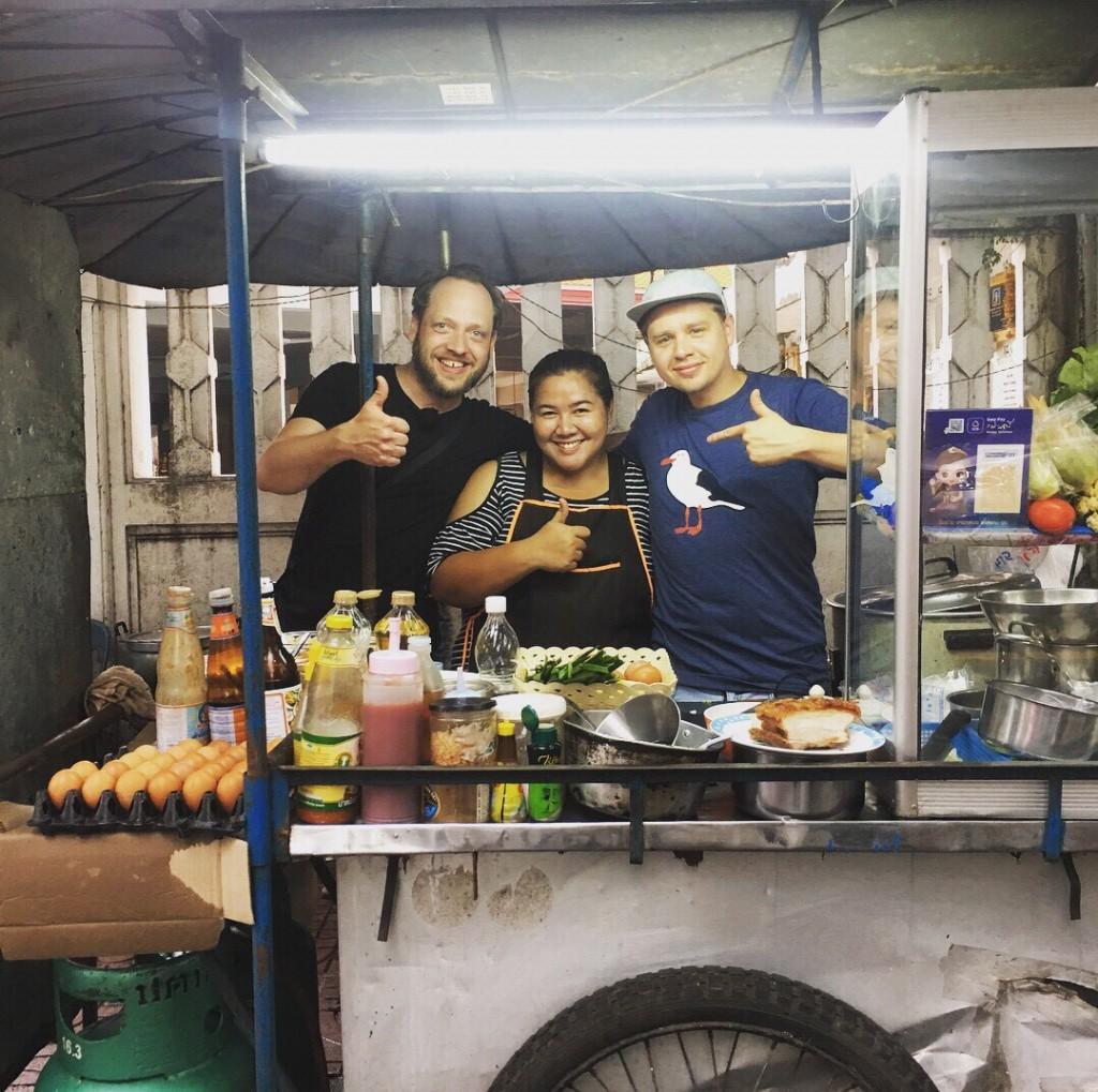 Street_Food_Nang_Loeng_copyright_Hivesters